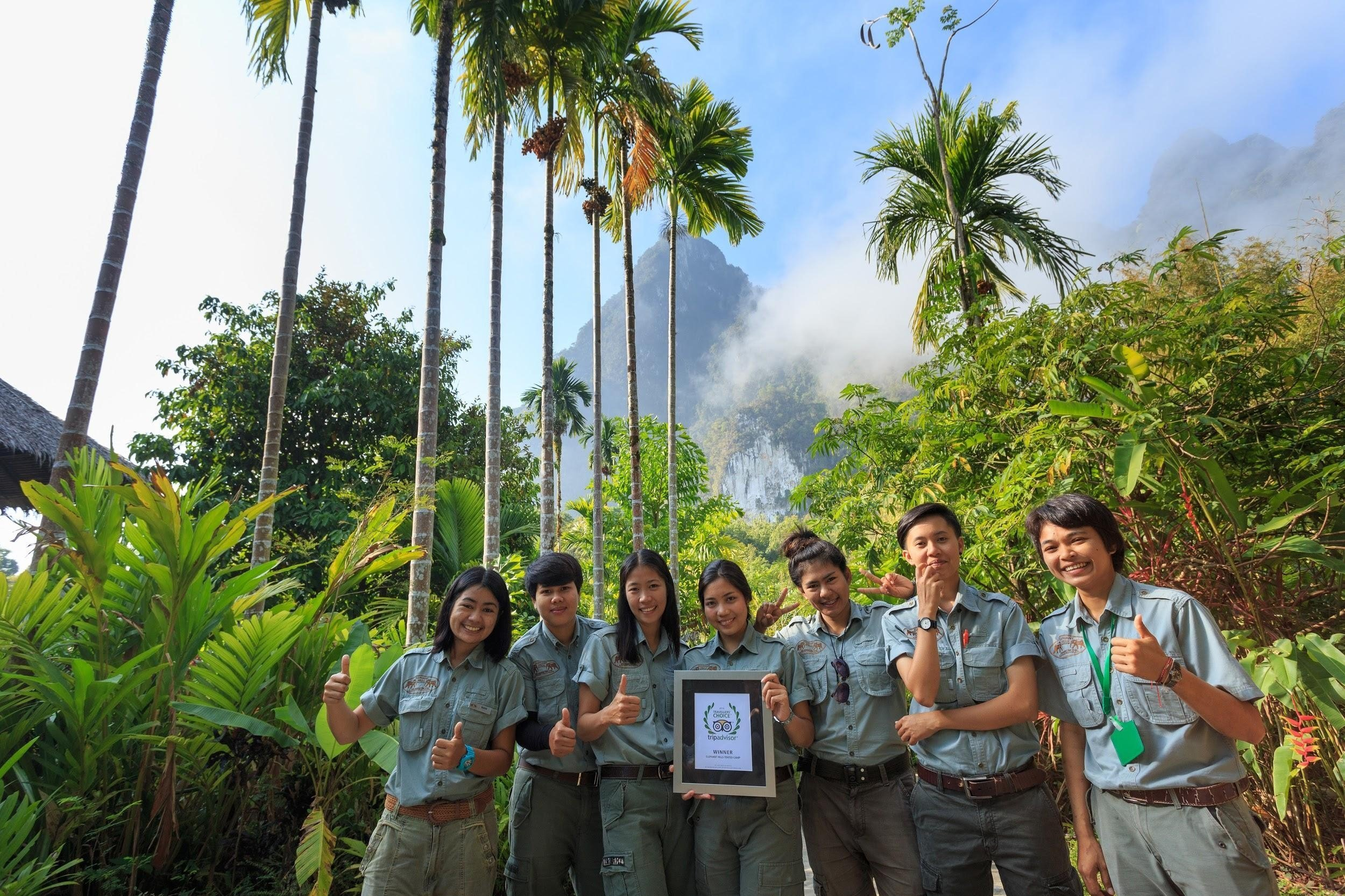 Elephant Hills tour guides celebrate TripAdvisor award for best hotel in Khao Sok